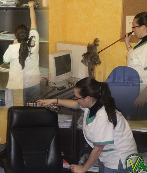 limpieza de oficinas granada